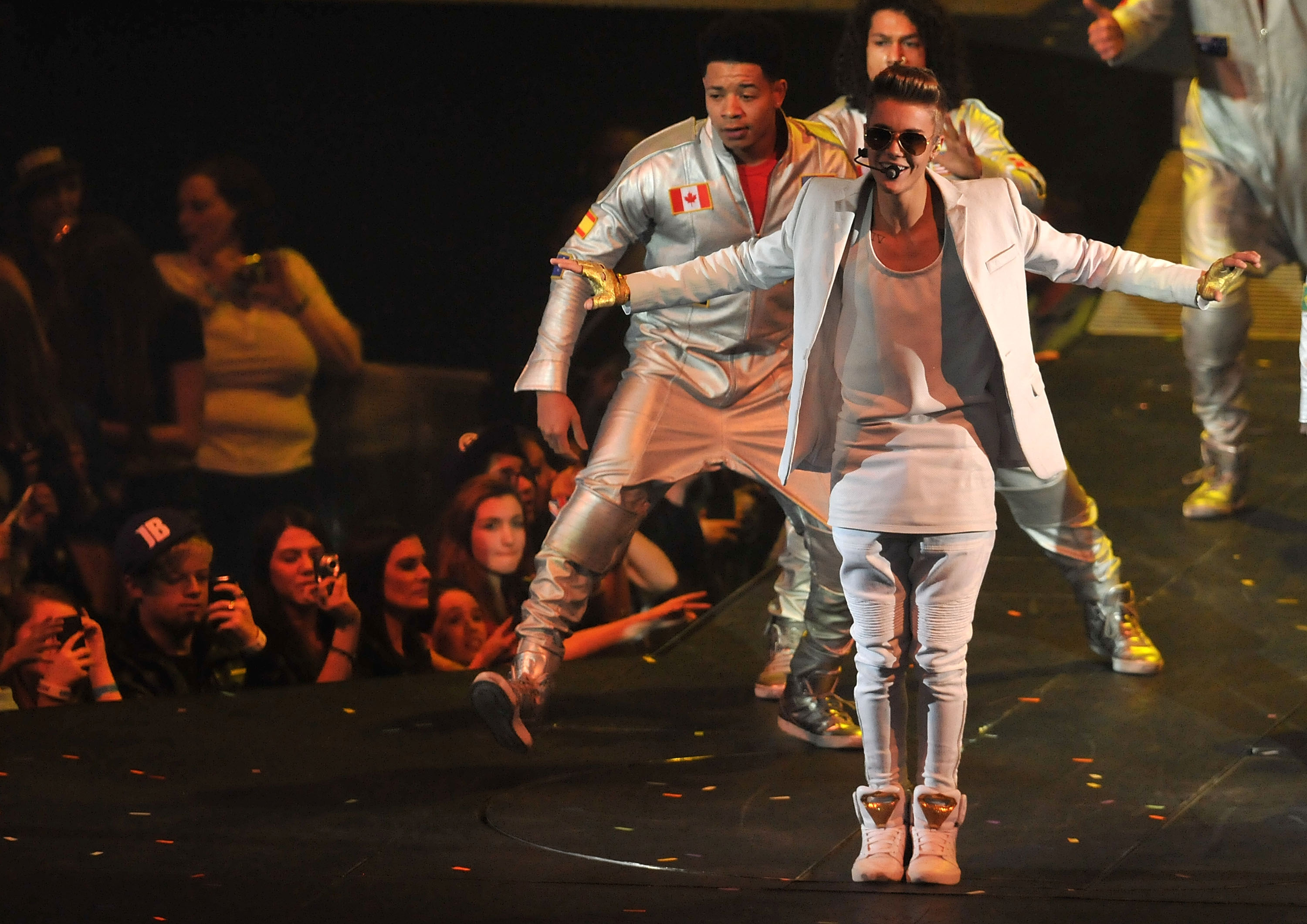 Top Concerts To Look Forward To This Summer In Las Vegas Cbs Las Vegas