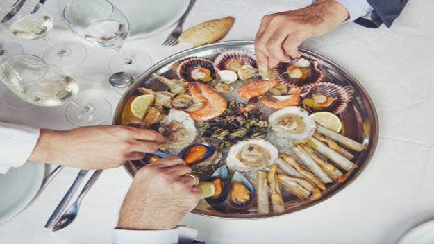 Top Seafood Restaurants In Las Vegas Cbs Las Vegas